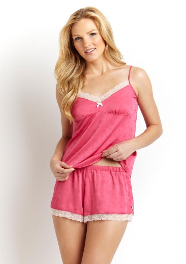Robin Buss - Jessica Simpson Lingerie & Sleepwear (101 фото)