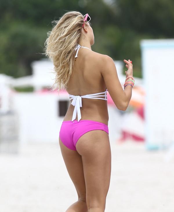 Rachel Hilbert - Victoria's Secret photoshoot in Miami September (765 фото)