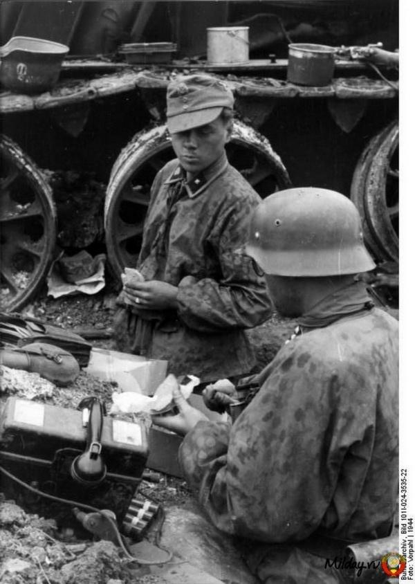 Фотографии из немецкого федерального архива часть 24 (217 фото)