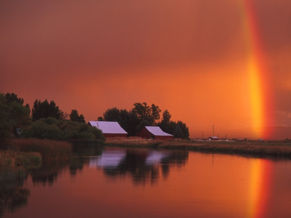 Избранные места мира - безумно привлекательные реки и озера (82 фото)