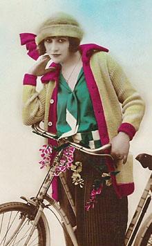 Женский образ на старой открытке 3 (448 фото)