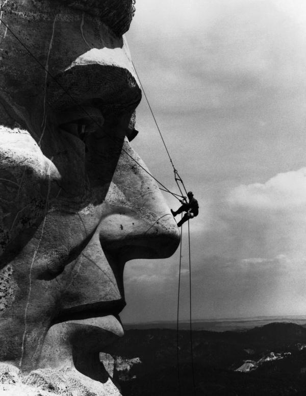 195 Amazing 20th Century Black - White Photos (1 часть) (99 фото)