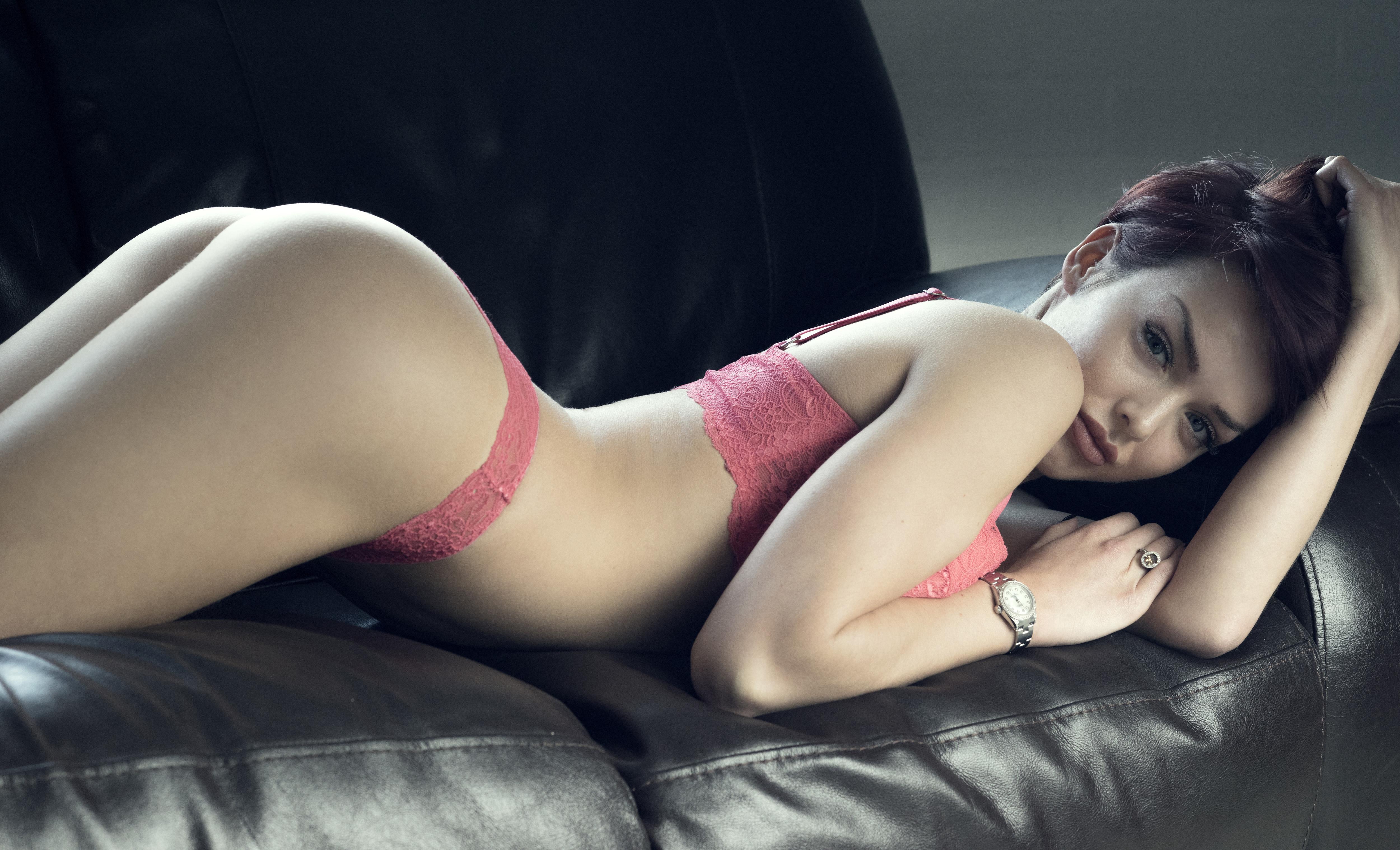 white girls naked big boobs