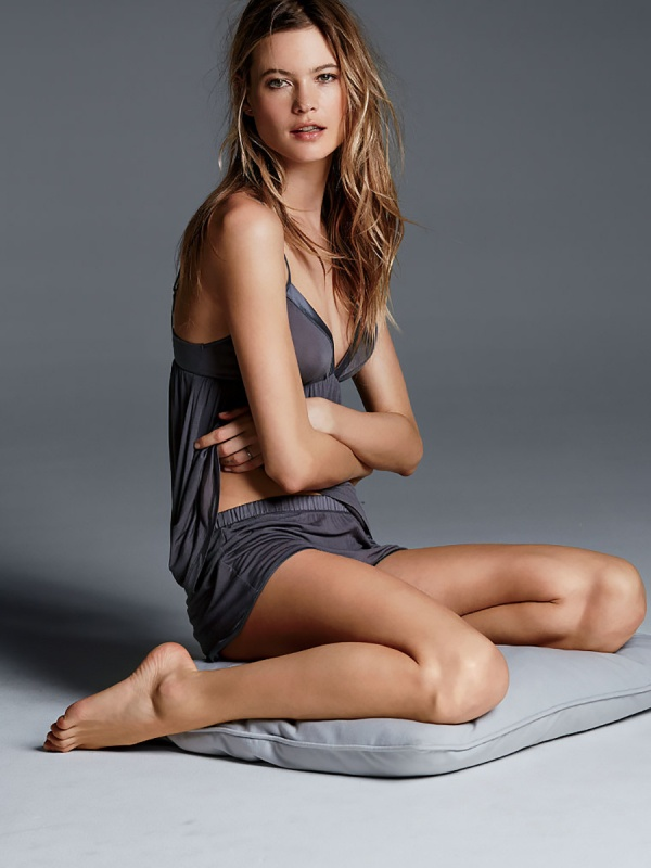 Behati Prinsloo - Victoria's Secret Photoshoots 2015 Set 4 (80 фото)