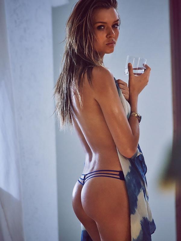Josephine Skriver (70 фото)