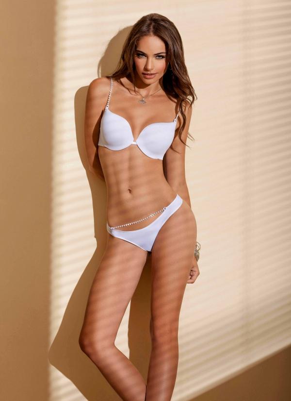 Nicole Meyer (29 ����)