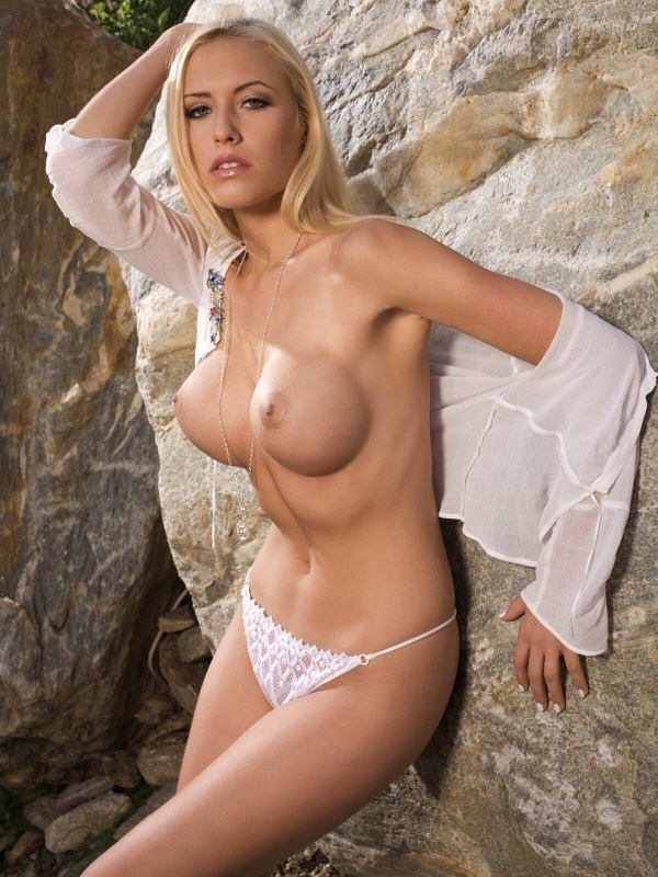 Alena Gerber - German Playmate of the Month for October 2008 (32 фото)