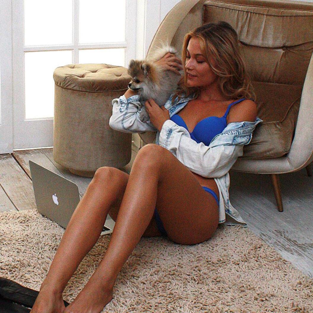 Barbara di creddo legs - 2019 year