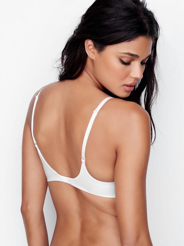 Daniela Braga - Victoria's Secret Photoshoots 2016 (110 фото)