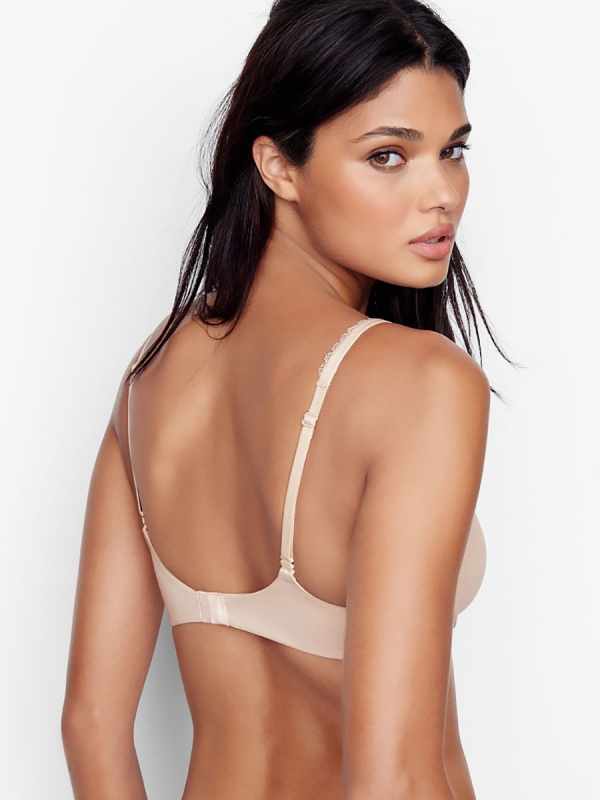 Daniela Braga - Victoria's Secret Photoshoots 2016 (110 фото)