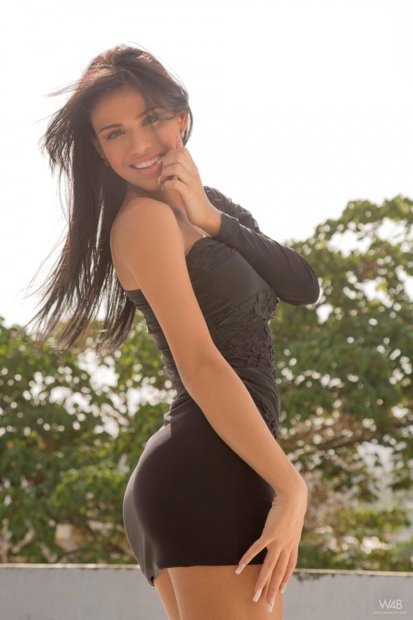 Denisse Gomez
