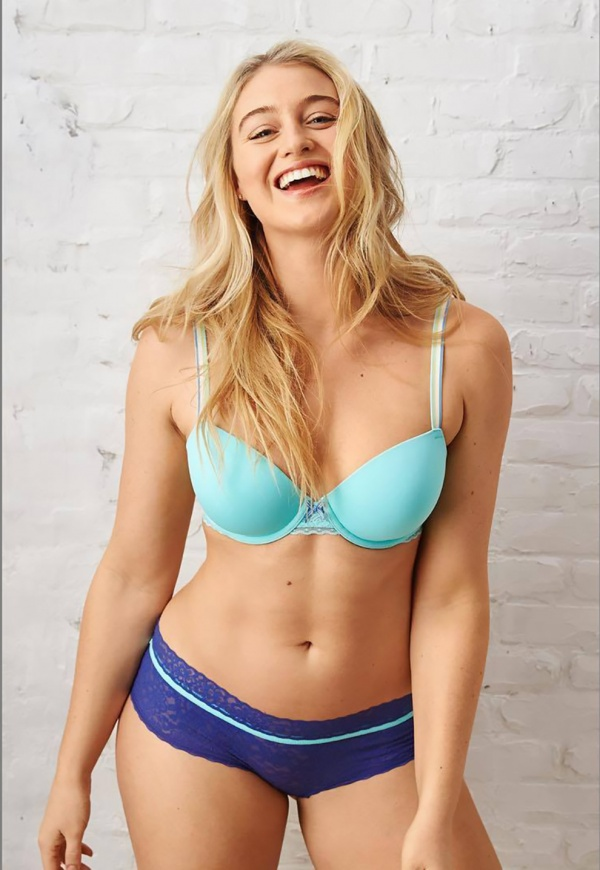 Iskra Lawrence - Aerie collection