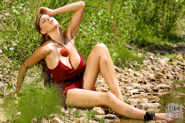 Фото русских блядей на природе, Трах на природе и частные обнаженные фото - секс 5 фотография