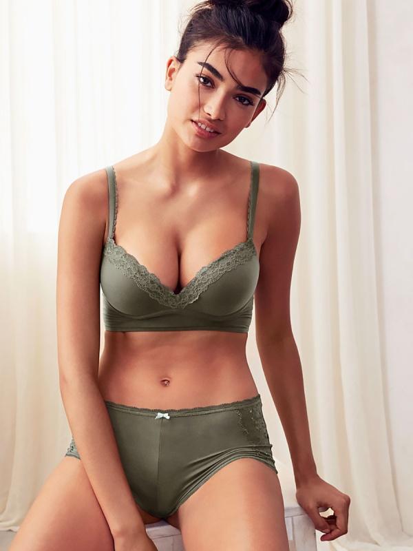 Kelly Gale - Victoria's Secret Photoshoots 2016 set 2 (132 фото)