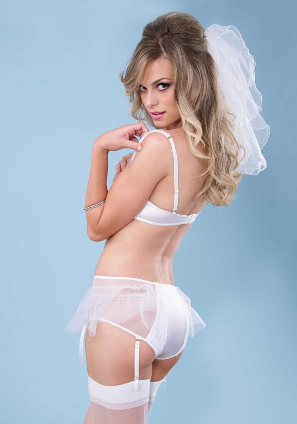 Leg Avenue - Bridal Lingerie Collection (24 фото)