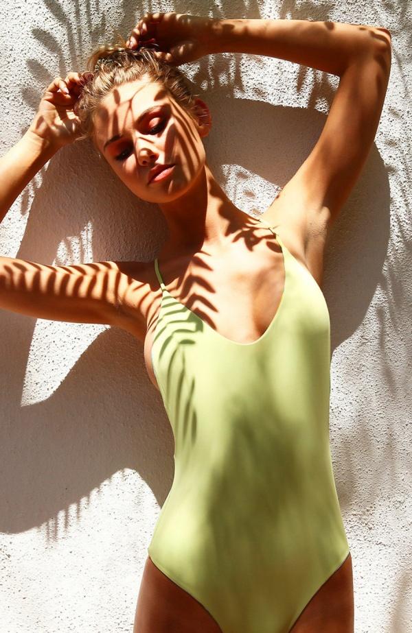 Scarlett Leithold - San Lorenzo swimwear (101 фото)
