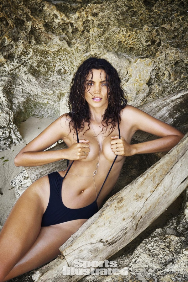 Sofia Resing - Sports Illustrated Swimsuit 2016 (37 фото)