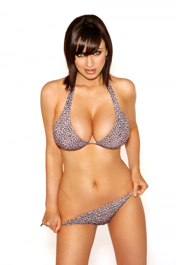 Sophie Howard - Ketchup topless Photoshoot