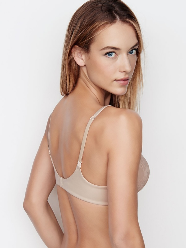 Hannah Ferguson - Victoria's Secret Photoshoots 2015-2016