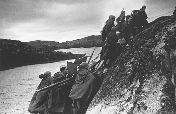 Советская фотохроника Великой Отечественной