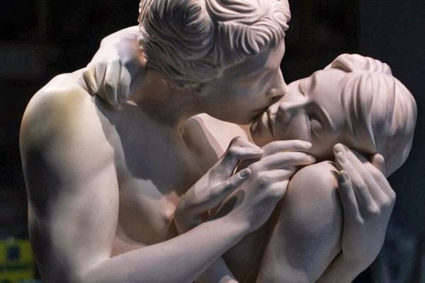 Love in sculpture (7 фото)