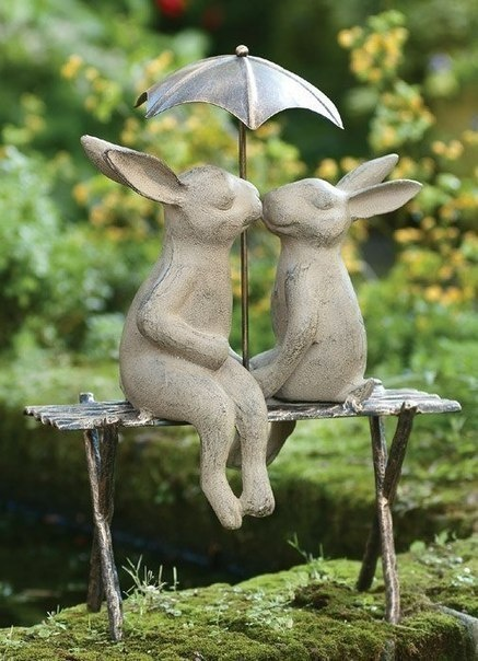Веселые садовые скульптуры (10 фото)