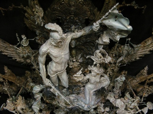 Грандиозные скульптуры Криса Кукси (10 фото)