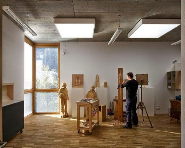 Итальянский скульптор Peter Demetz (5 фото)