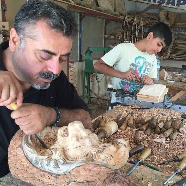 Мастер резьбы по дереву Altun Mobilya (10 фото)