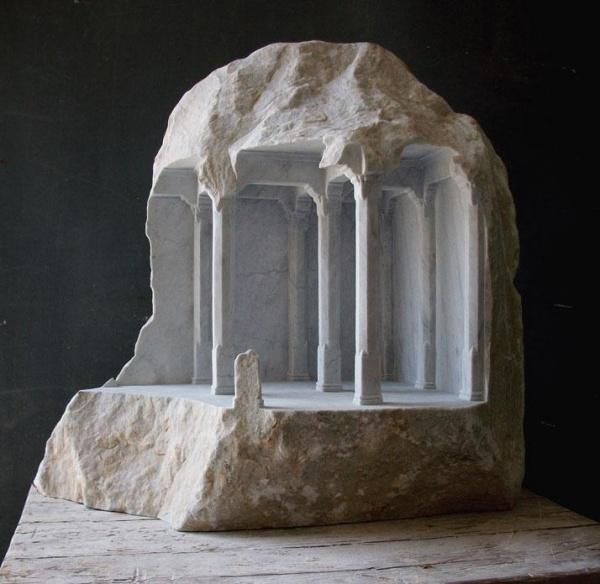 Мраморные скульптуры Matthew Simmonds (10 фото)