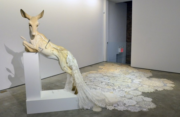 Скульптор Beth Cavener Stichter (10 фото)