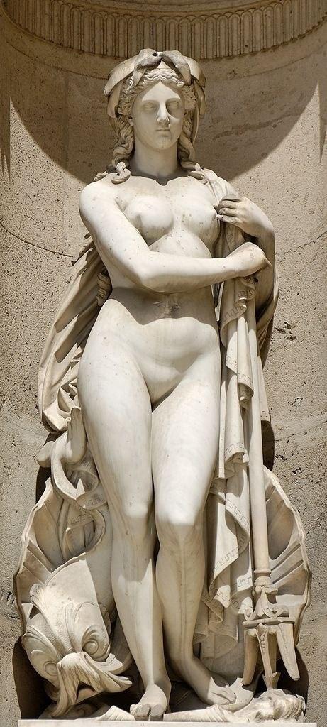 Скульптурная декорация фасадов Лувра (10 фото)