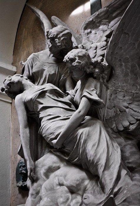 Скульптуры ангелов (7 фото)