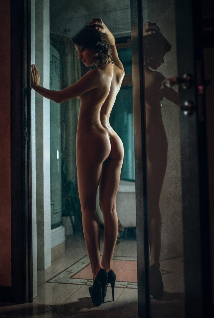 Фотоработы Gene Oryx (Россия). Часть 2 (эротика) (82 фото)