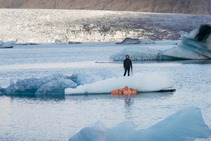 Картины, нарисованные на айсбергах (7фото)