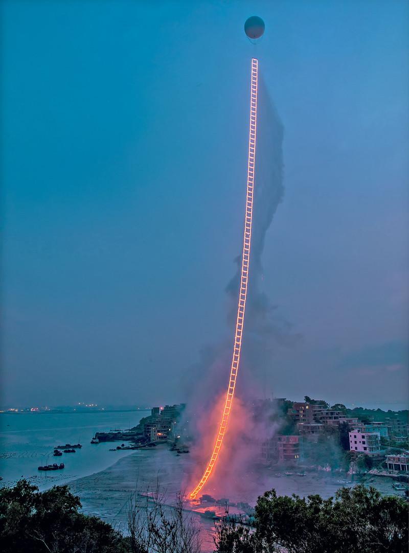 Художник, который рисует взрывами и пожарами (23фото)