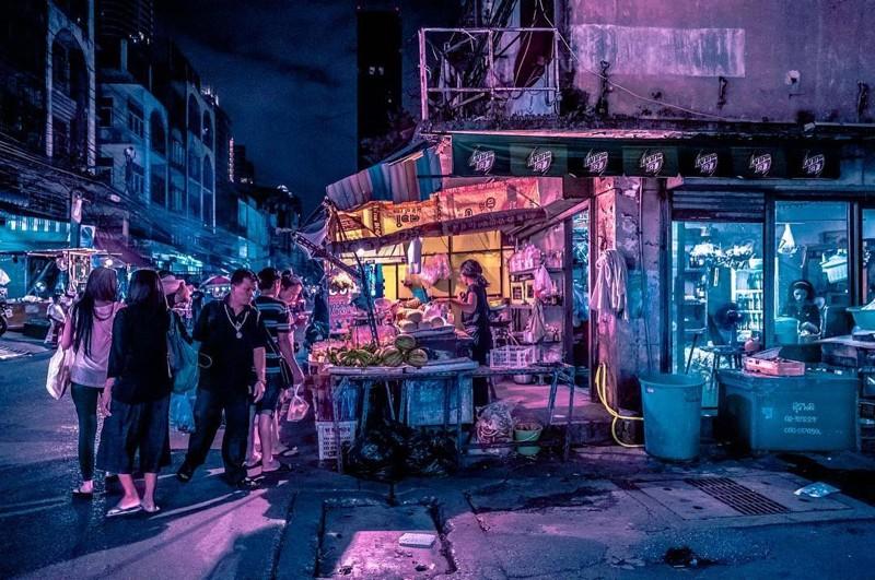 Неоновые улицы ночного Бангкока в фотографиях Хавьера Портелы (7фото)