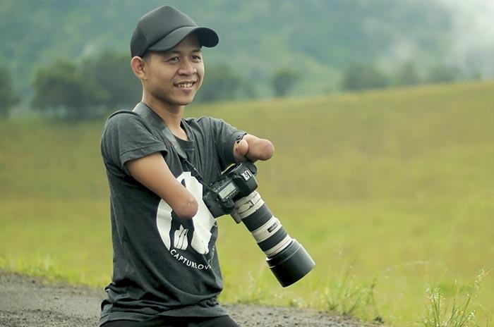 Этот фотограф родился без рук и ног, но его фотографии говорят сами за себя (23 фото)