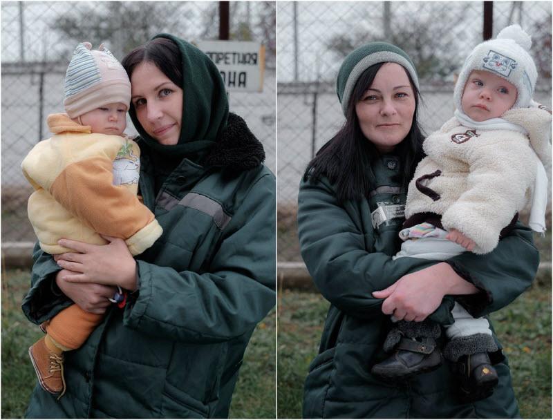Заключенные женщины и их дети в проекте Николая Хижняка (9 фото)