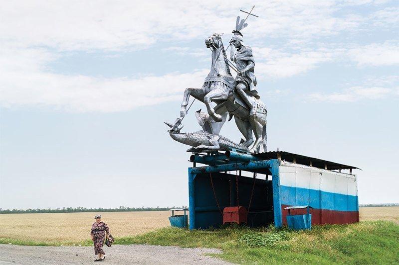 Советские автобусные остановки глазами канадского фотографа (25фото)