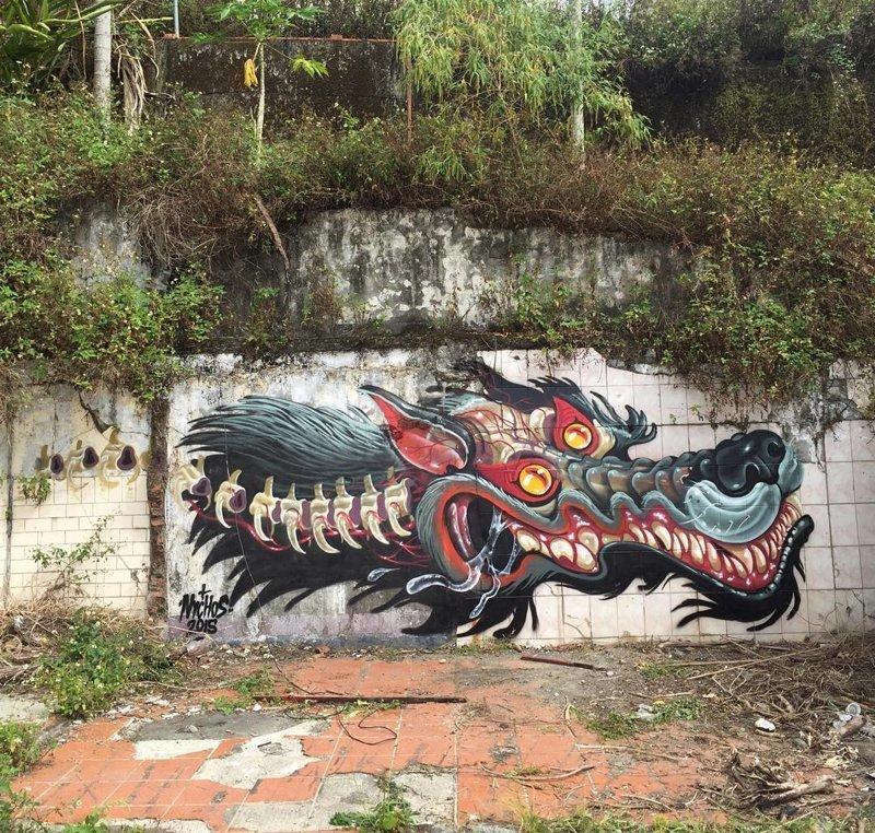 Уличный художник создает жуткие анатомические арты прямо на улице (51фото)