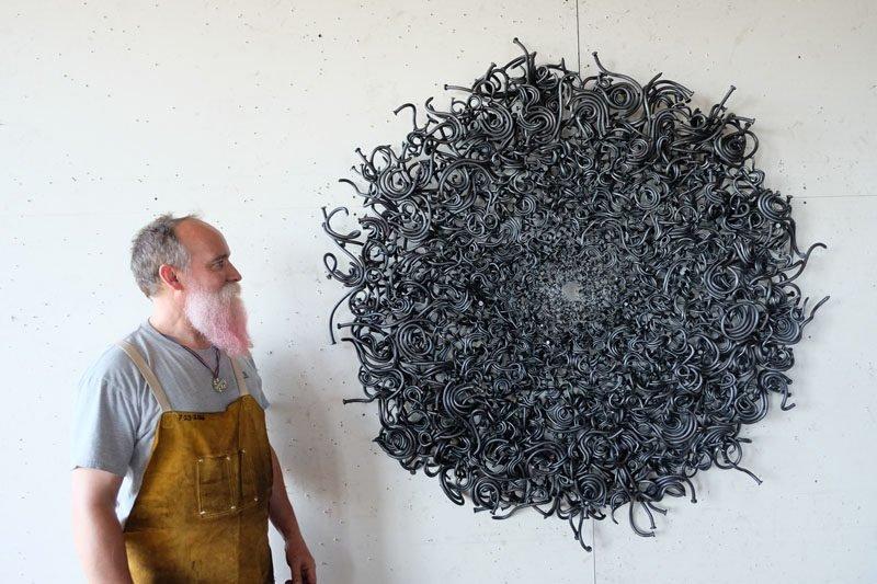 Необыкновенные скульптуры из гвоздей от Джона Бисби (17фото)