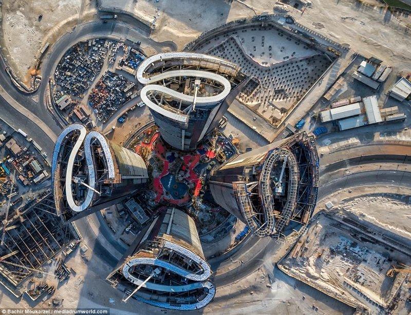 Небоскребы Дубая с высоты птичьего полета: потрясающие снимки с дрона (10фото)