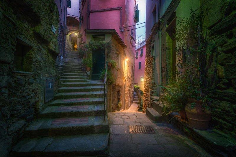 Сказочные разноцветные улочки Чинкве-Терре (30фото)