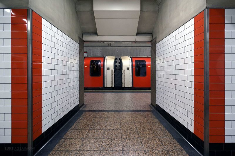 Фотопроект: симметрия в транспортной системе Лондона (11фото)
