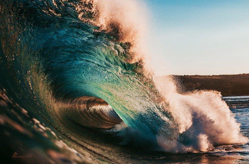Красота волн в фотографиях (14фото)
