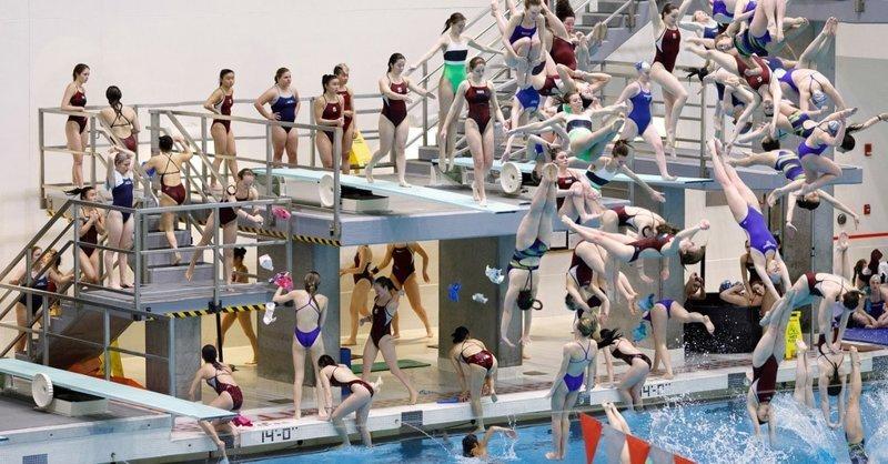 Фотограф снимает спортивные соревнования неожиданным образом, создавая невообразимый хаос (11фото)