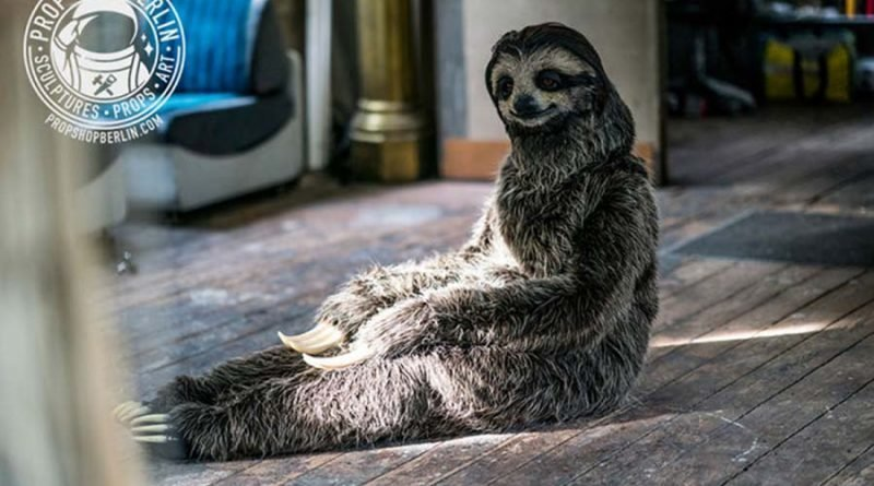 Художнице удалось создать невероятно реалистичный костюм ленивца (9фото)