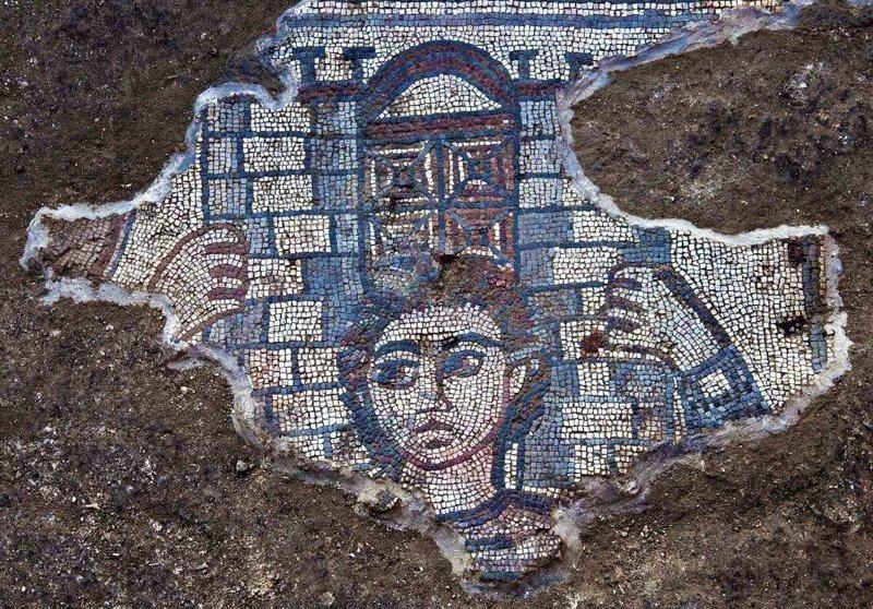 В Израиле обнаружили мозаики, доказывающие богатство визуальной культуры древнееврейской цивилизации (5фото)