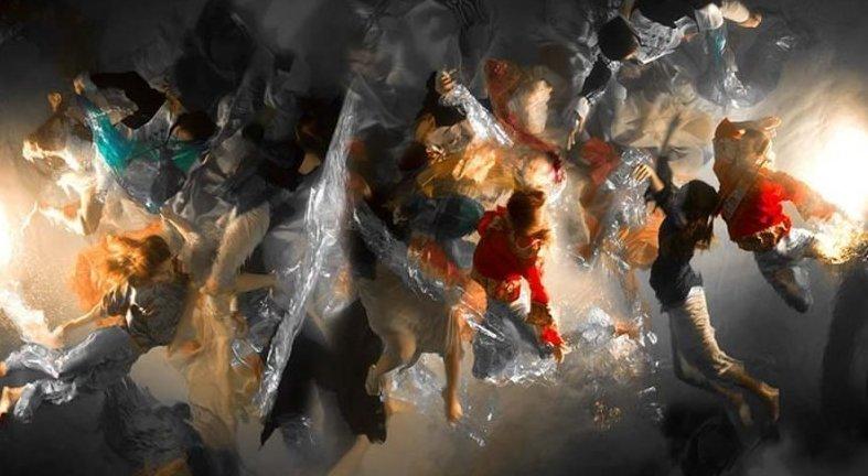 Эти потрясающие подводные фотографии похожи на драматические картины в стиле барокко (12фото+1видео)